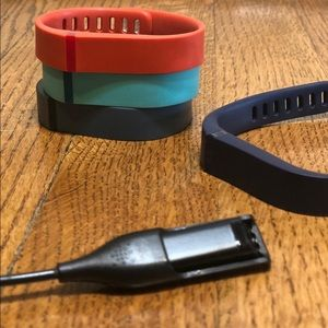 Fitbit Flex, 4 Bands (Size S) & Charger